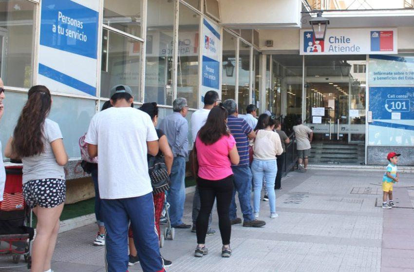 Funcionarios públicos deben retomar el trabajo presencial por orden del presidente Sebastián Piñera