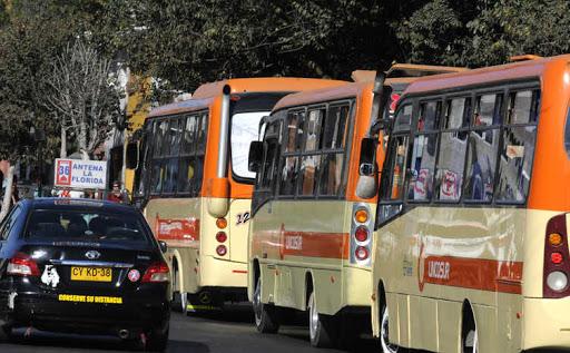 Minsal ordena uso obligatorio de mascarillas en transporte publico