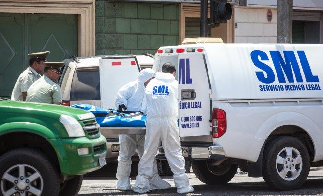 Hombre fallece dentro de su furgón en Antofagasta: Hay sospecha de Covid-19