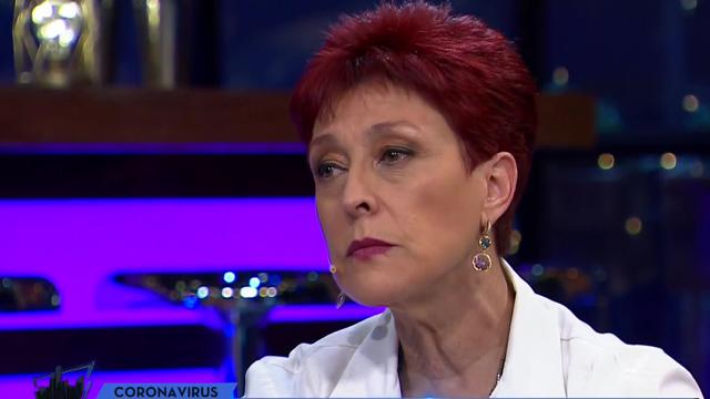 Dra. Carolina Herrera se emociona en vivo al hablar por la lucha de los médicos en contra el Covid-19
