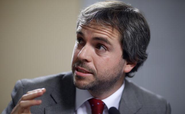 """Blumel y la compra de Piñera en la vinoteca: """"Hay que concentrarnos en lo que a la gente sí le importa"""""""