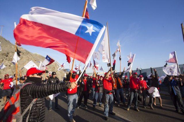 Trabajadores del cobre exigen el retiro del 10% en las AFP