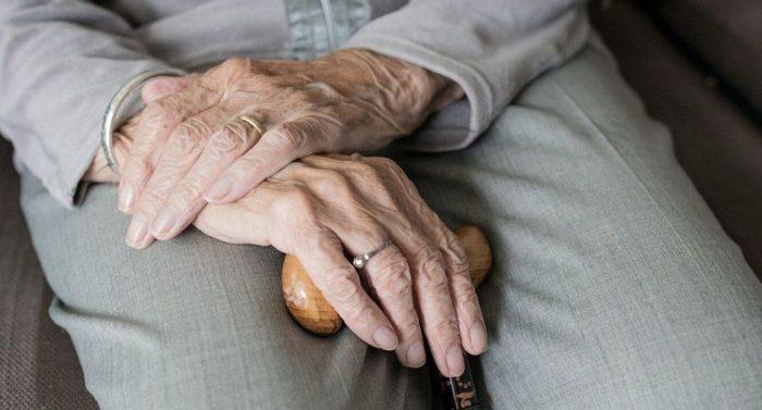 Antofagasta: Invertirán 1.200 millones de pesos para adultos mayores en grupo de riesgo por Covid-19