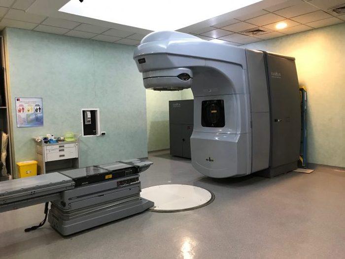 Comienzan trabajos para instalación de nuevo acelerador lineal en Centro Oncológico del Norte