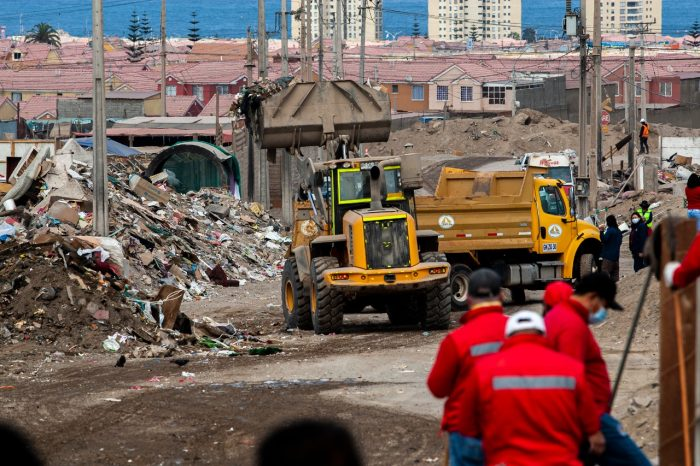 Realizan intenso operativo de intervención en sector La Chimba Alto de Antofagasta