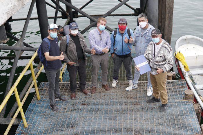 Pescadores firman convenio que les permitirá ampliar oferta de servicios en Mejillones