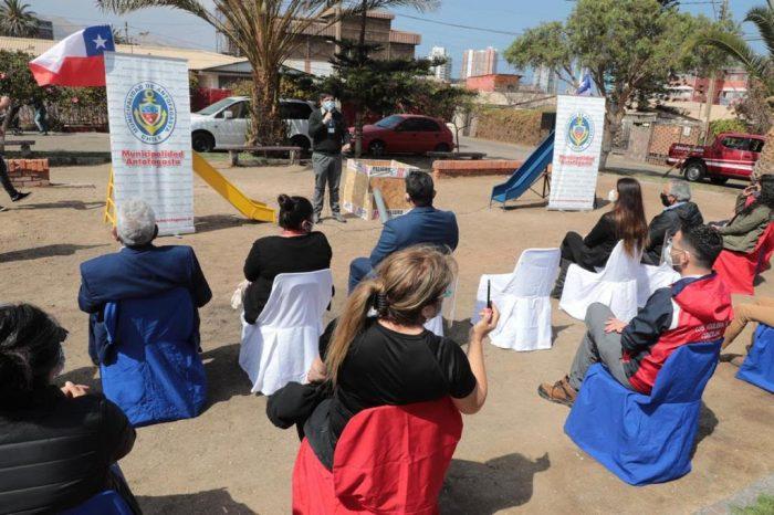 Mejorarán plazas y acceso a pasarela en Villa Chuquicamata de Antofagasta