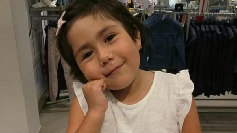 Madre soltera pide ayuda para continuar en la lucha contra la leucemia que padece su hija: El tratamiento es de $70 millones