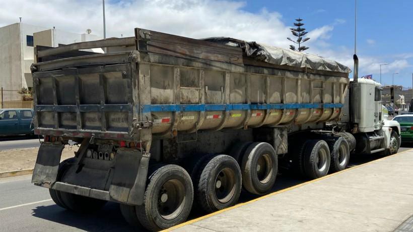 18 personas fueron sorprendidas por Carabineros en Antofagasta ingresando al país de forma ilegal