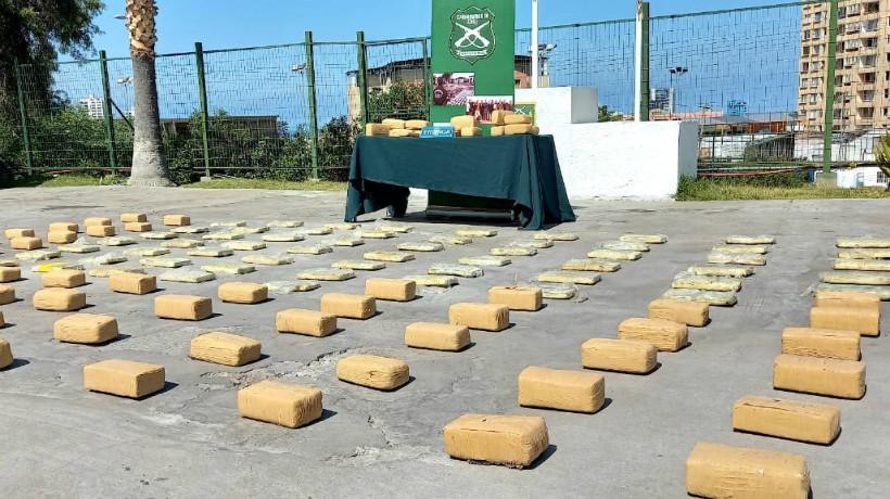 Decomisan gran cantidad de marihuana en ruta de Antofagasta