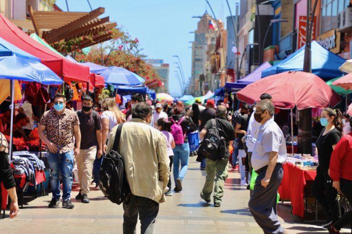 Municipio de Antofagasta reubicará a vendedores ambulantes que están en el centro de la ciudad