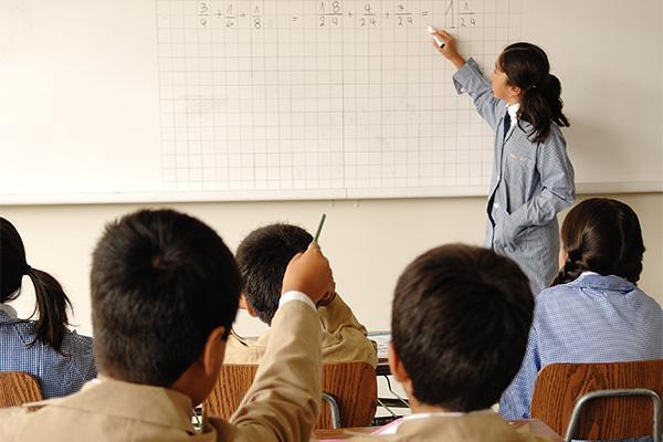 Mineduc asignó más de 1.325 millones de pesos para mejorar escuelas y liceos públicos de la región durante 2020