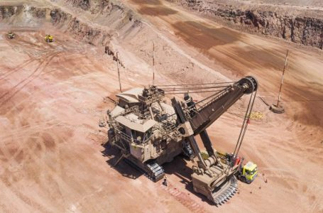 Minera Sierra Gorda SCM junto a Komatsu alcanzan récord mundial minero