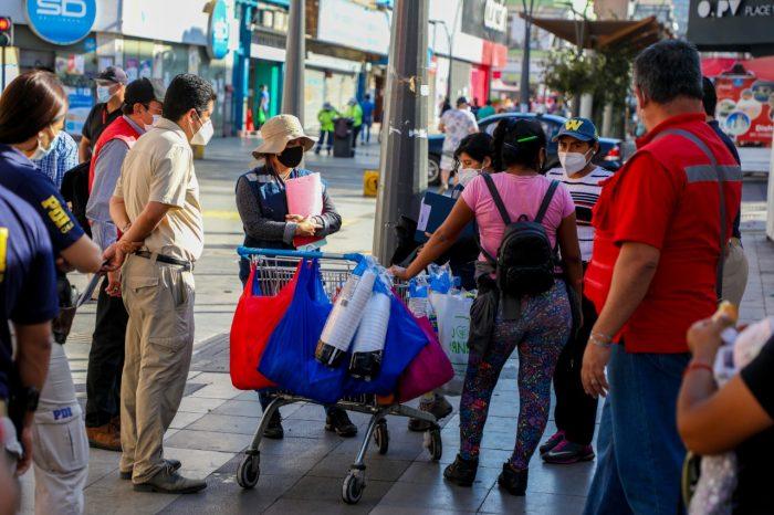 Alcalde de Antofagasta se reunió con ambulantes y llama a cumplir acuerdos para reordenar el centro