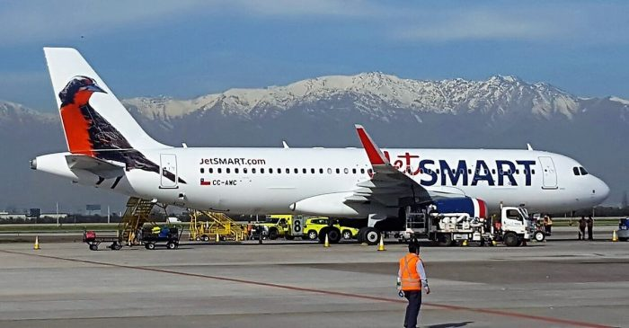 Sernac exigirá a Jetsmart compensación por no devolver dinero tras suspender viajes