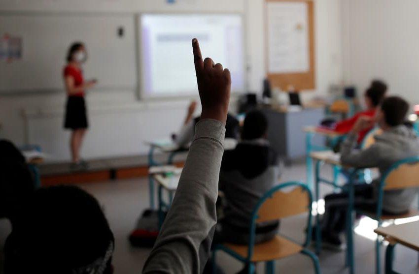 El 48% de los colegios estableció volver a clases por turnos