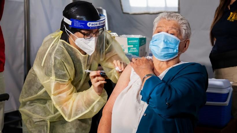 15.800 personas ya recibieron su primera vacunación en la Región de Antofagasta