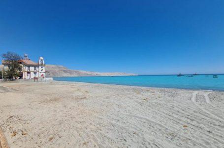 Municipio de Mejillones continúa campaña de cuidado de playas