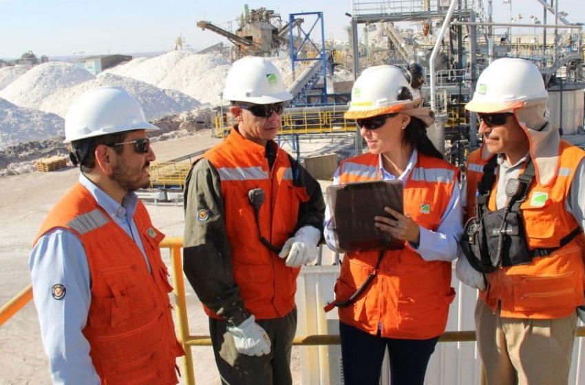 Mujeres líderes en minería participan en el Women Economic Forum que se realiza por primera vez en Chile