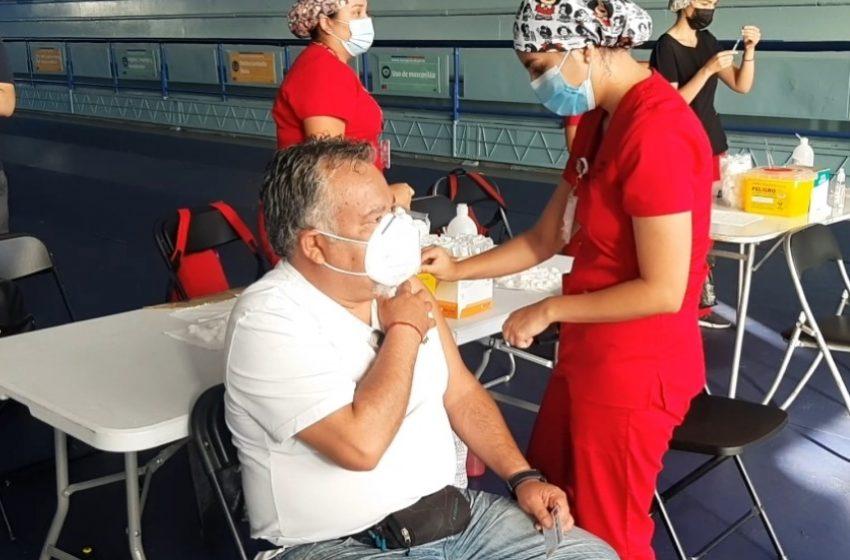 Autoridad busca vacunar a 43 mil enfermos crónicos en Antofagasta
