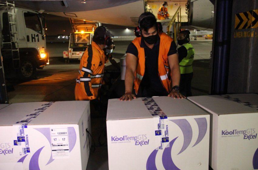 Ecuador agradece a Chile la donación de 20 mil vacunas Sinovac