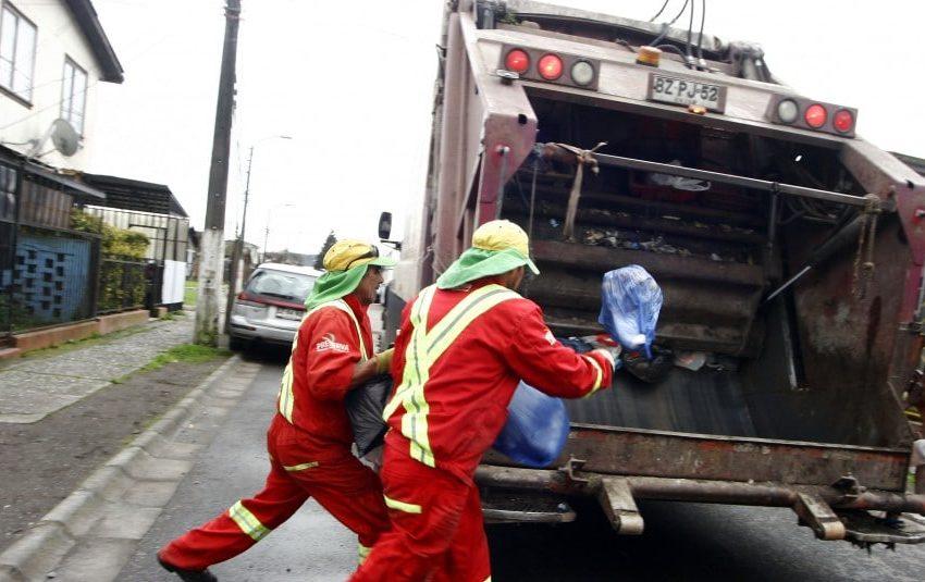 Recolectores de basura recibirán un bono por un millón de pesos