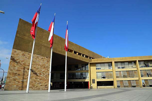 Municipio de Antofagasta descarta entrega presencial de tarjetas solidarias a adultos mayores