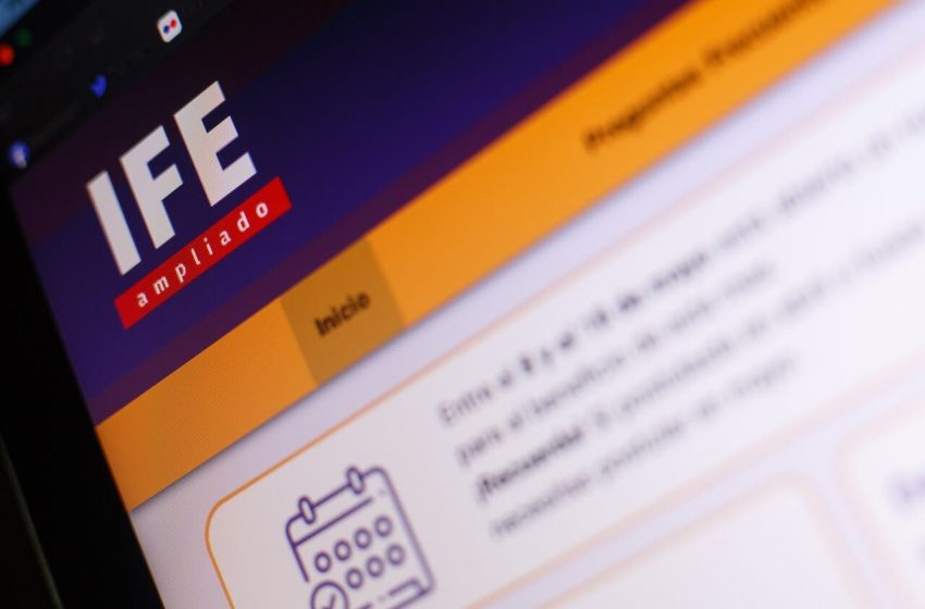 IFE Universal: Rubilar explicó requisitos se le pedirán a cierto grupo familiar