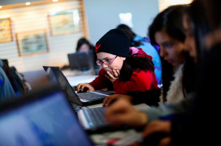 Más de 60 niñas serán parte de iniciativa pionera para experimentar la ciencia y la tecnología en Antofagasta