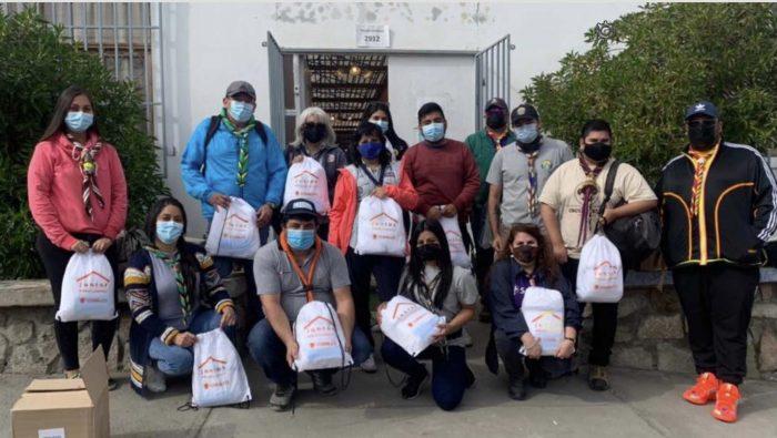 """Tocopilla: Guías y Scouts apoyan entrega de equipos de campaña """"Vamos chilenos"""""""
