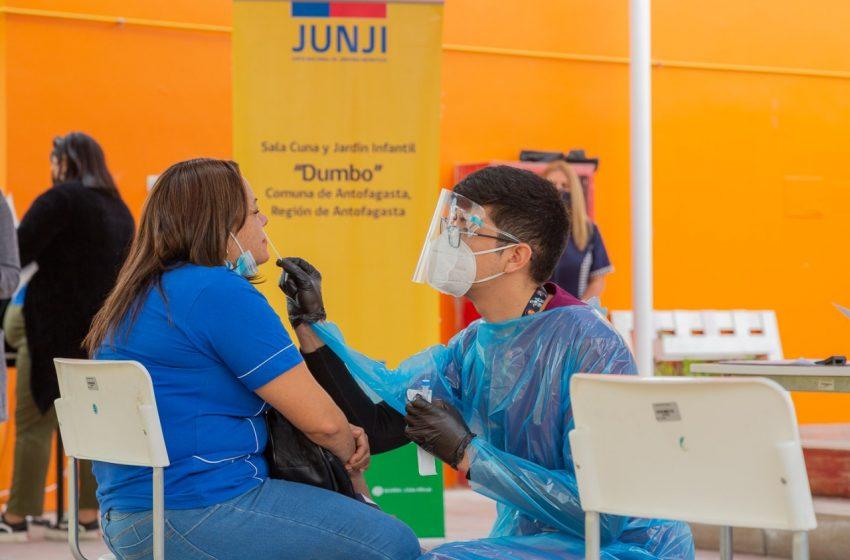Más de 300 funcionarias y funcionarios Junji fueron testeados en su reingreso a las aulas