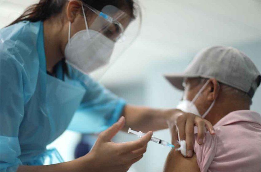 Parte segunda fase de vacunación con dosis de refuerzo en Antofagasta