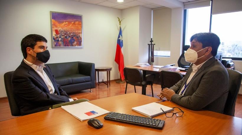 Gobernador Regional de Antofagasta abordó problemas habitacionales con ministro de Bienes Nacionales